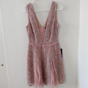 "NWT BCBG maxazria ""Pheobe"" dress sz 4"